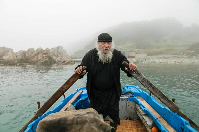 monk_mount_athos_by_portrait_photographer_athens_greece_advertising_commercial_headshot_Dimitris_Vlaikos