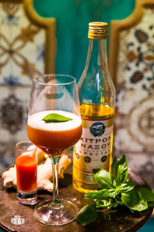 Greek_Bartenders_Athens_Vlaikos