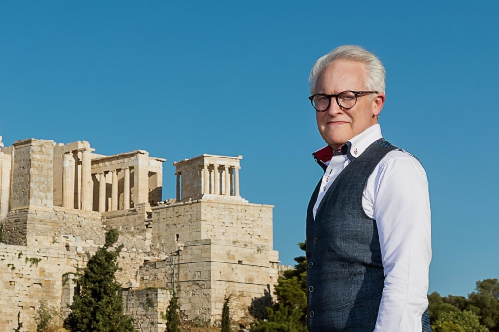 Anthony_Howard_in_Athens_by_portrait_photographer_athens_greece_advertising_commercial_headshot_Dimitris_Vlaikos
