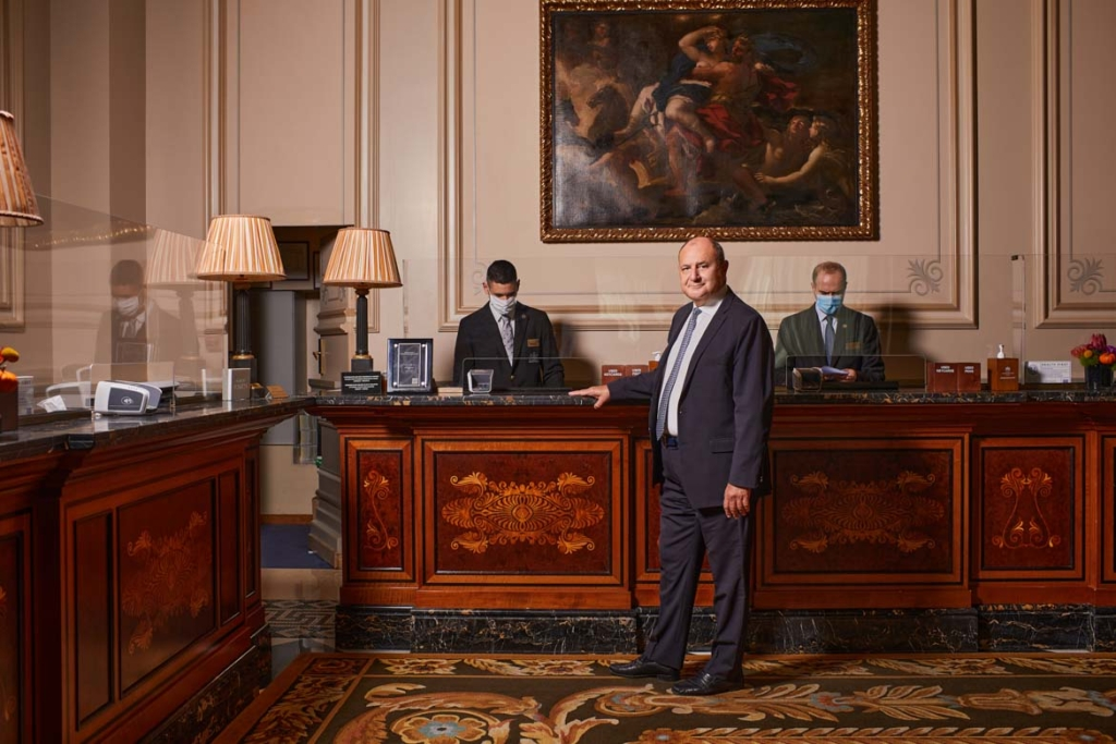 Tim_Ananiadis_Grand_Bretagne_Hotel_CEO_by_portrait_photographer_athens_greece_headshot_Dimitris_Vlaikos